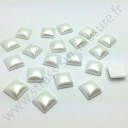Demi-perle nacrée carré à coller - Blanc nacré - 10mm