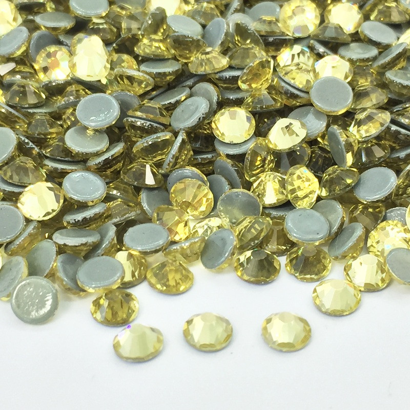 Strass thermocollant en verre - Champagne - 4mm à 5mm