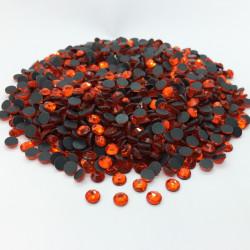 Strass thermocollant en verre DMC - Orange - 2mm à 5mm