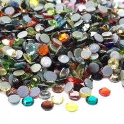 Strass thermocollant en verre DMC - Multicolore