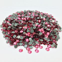 Strass thermocollant en verre - Rose - 3mm à 6mm