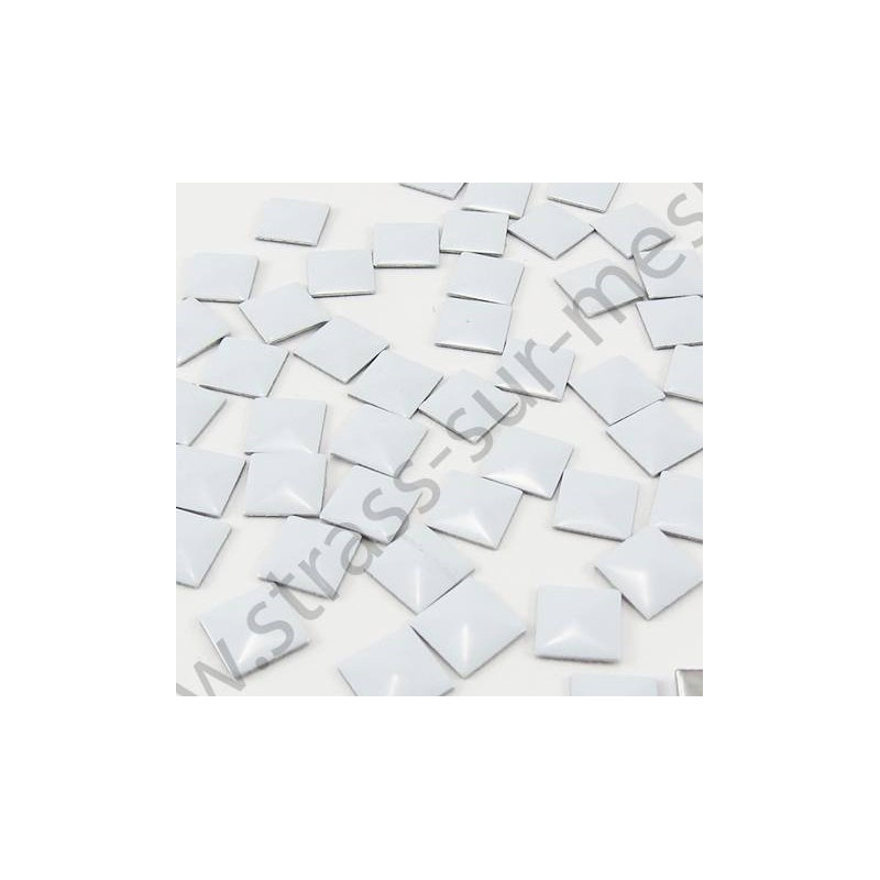 Strass thermocollant en métal carré - Blanc