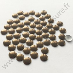 Strass thermocollant en métal rond plat - Marron - 2mm à 8mm