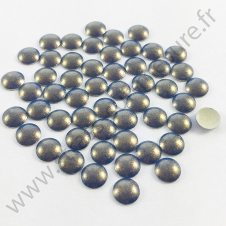 Strass thermocollant en métal rond bombé - Bleu reflet doré nacré - 2mm à 6mm