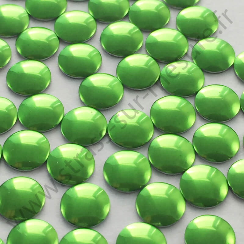 Strass thermocollant en métal rond plat - Vert pomme - 2mm à 6mm - détail
