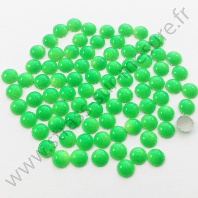 Strass thermocollant en métal rond bombé - Vert fluo - 2mm à 8mm