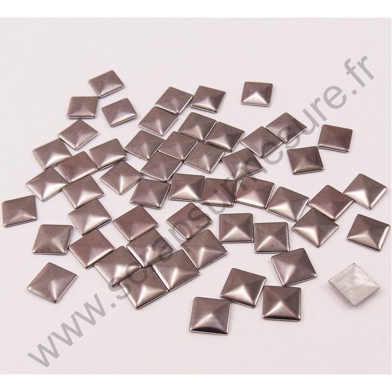 Strass thermocollant en métal carré - Gris