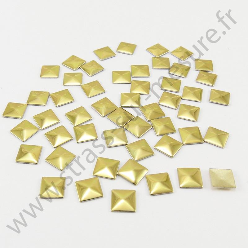 Strass thermocollant en métal carré - Doré