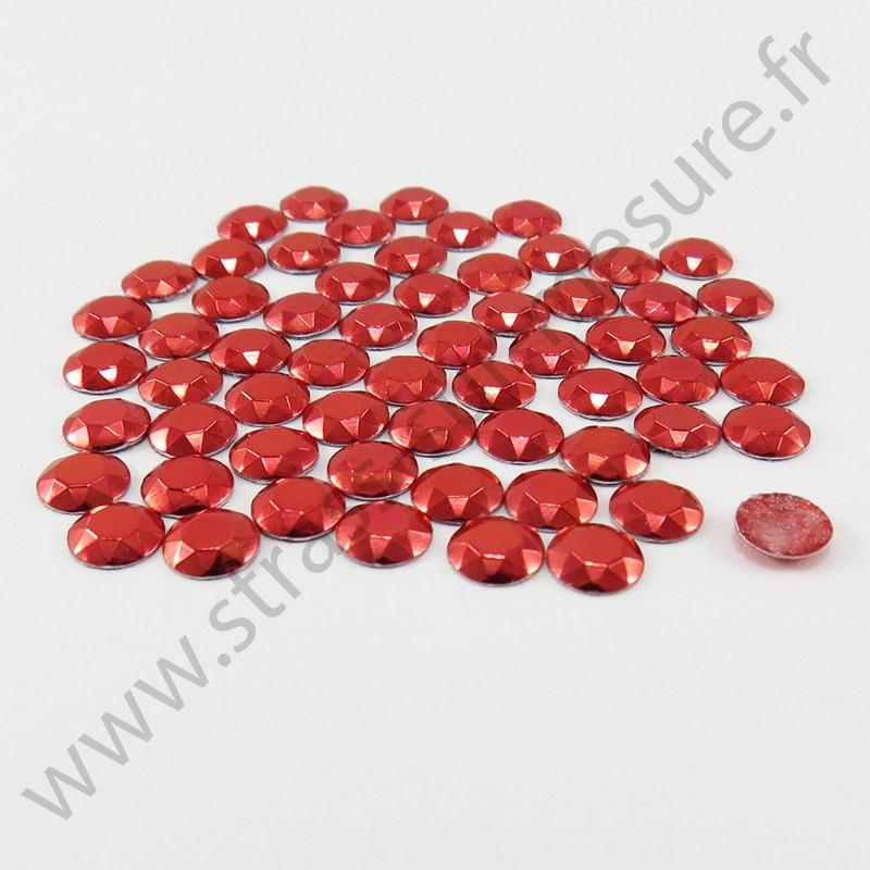 Strass thermocollant en métal à facettes - Rouge