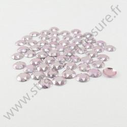 Strass thermocollant en métal à facettes - Rose clair